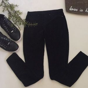 🆕Jeggings by Hue!
